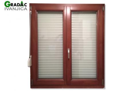 Drveni dvokrilni prozor, euro falc 68, braon, sa aluminijumskom roletom