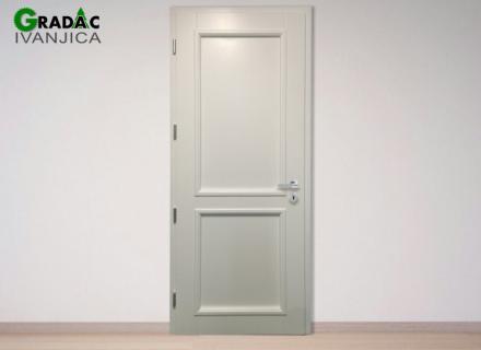 Jednokrilna bela drvena ulazna vrata od drvenog masiva, eurofalc 92