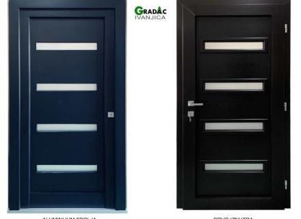 Drvo aluminijum jednokrilna ulazna vrata sa 4 vodoravna staklena polja, spolja metalik plavi aluminijum, iznutra lamelirano drvo obojano u crnu boju, stolarija Gradac Ivanjica.
